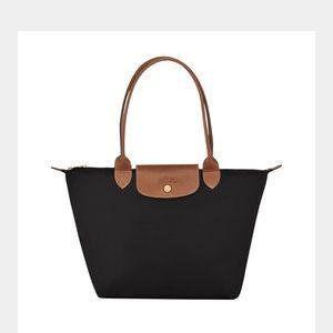 NWT longchamp le pliage shopper black long strap